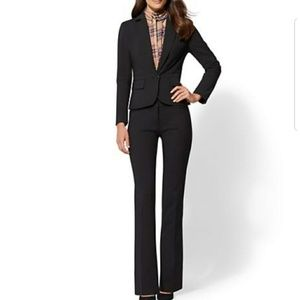 New York and Company 7th Avenue black suit